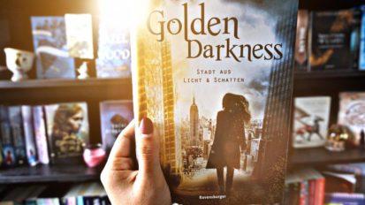 Golden Darkness – Stadt aus Licht und Schatten