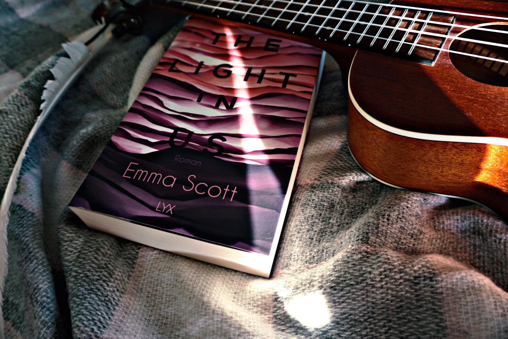 The Light in us – Emma Scott