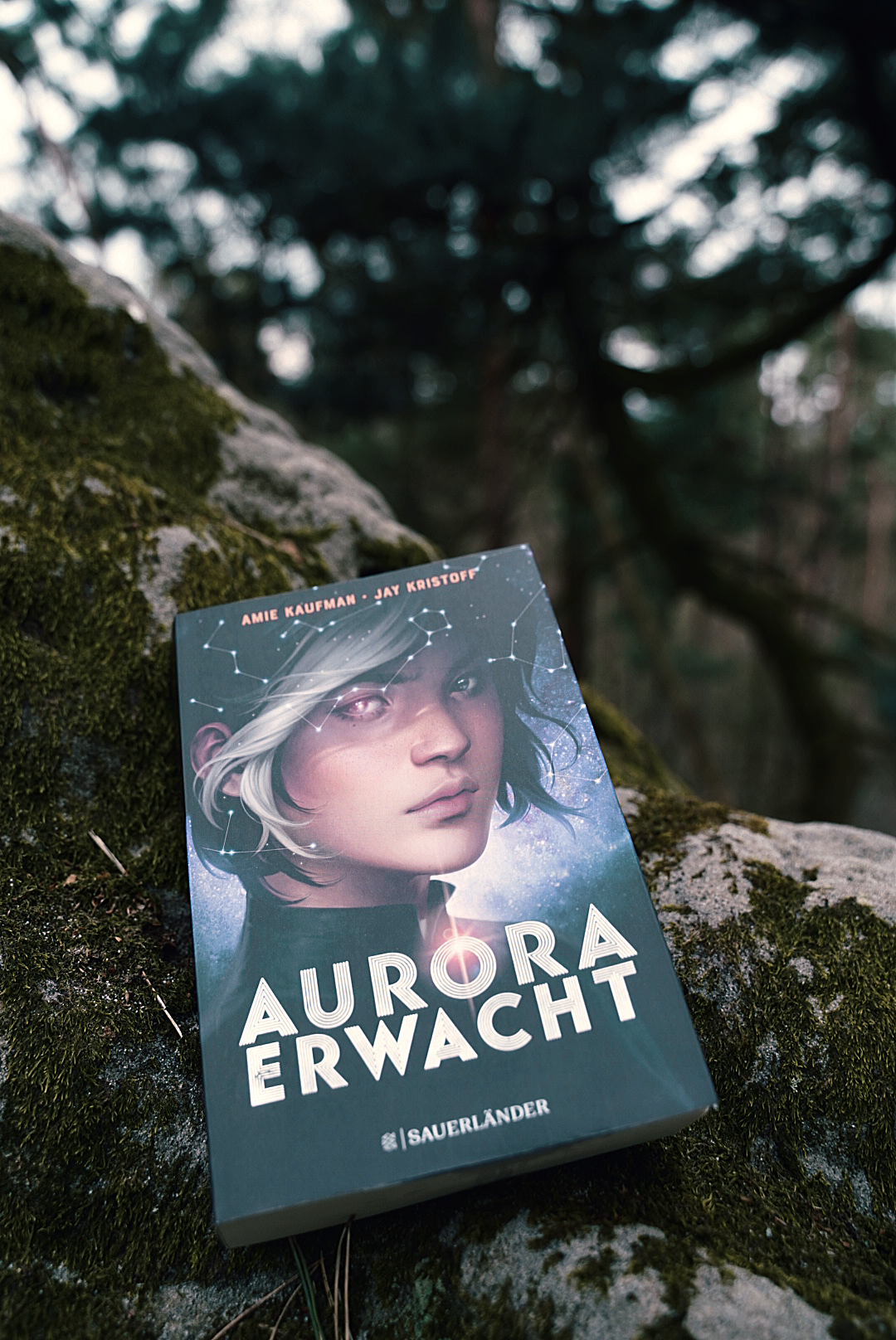 Aurora erwacht – Amie Kaufman & Jay Kristoff